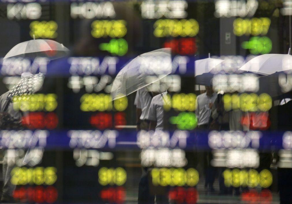 Bolsa de Tóquio abre a ganhar 0,51%
