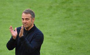 Hansi Flick confirmado como selecionador de futebol da Alemanha até 2024