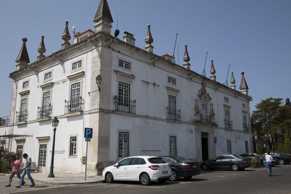 Câmara de Santarém adquire espólio de Alexandre Herculano em leilão