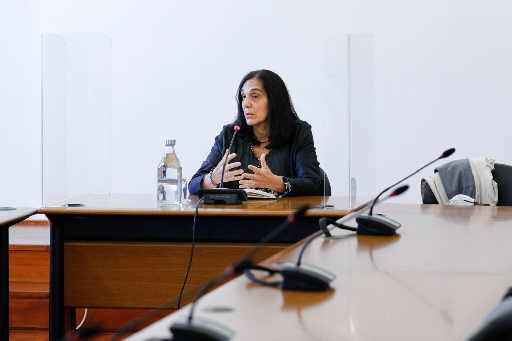 Novo Banco: Havia dificuldade em comunicar com área de conformidade do BESA - diretora
