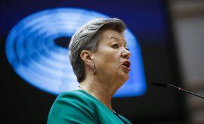 UE/Presidência: Combater tráfico humano passa por criminalizar quem recorre ao serviço das vitimas -- comissária