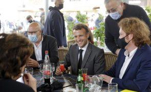 Mali: Macron condena