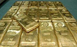 Ouro sobe para máximo desde janeiro, ao ultrapassar 1.900 dólares por onça