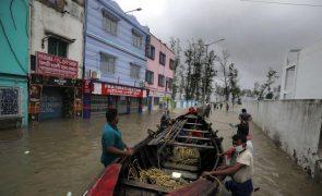 Ciclone Yaas já causou dois mortos e danos em cerca de 20.000 casas na Índia