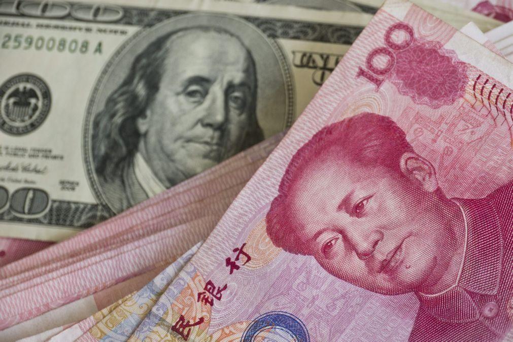 Moeda chinesa atinge valor mais alto em relação ao dólar desde 2018
