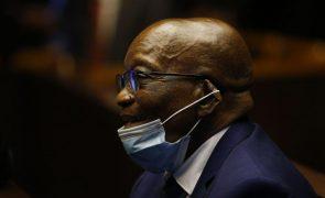 Ex-PR sul-africano Jacob Zuma declara-se inocente no início do julgamento por corrupção
