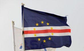 Covid-19: Estados Unidos doam máscaras e testes rápidos a Cabo Verde