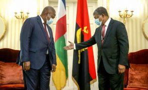 Presidente angolano pede desculpas por execuções sumárias do 27 de maio