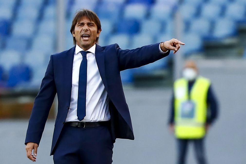 Antonio Conte deixa Inter de Milão após conquista do título