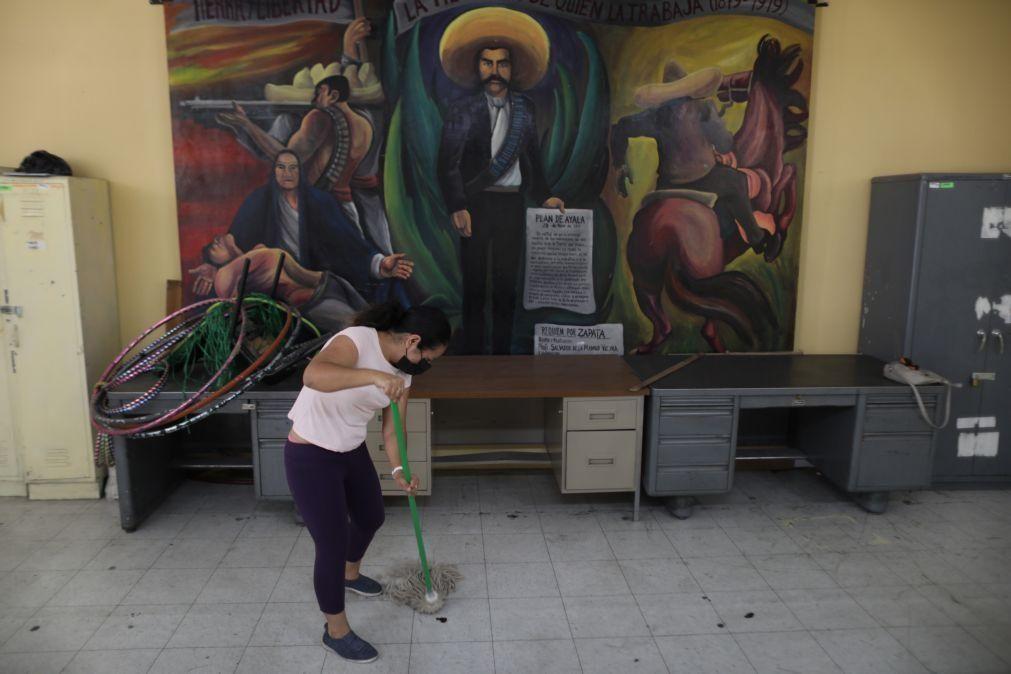 Covid-19: México com 272 mortos e 2.932 casos no último dia