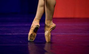 Morreu a coreógrafa Anna Halprin, que via na dança ato de resistência comunitária