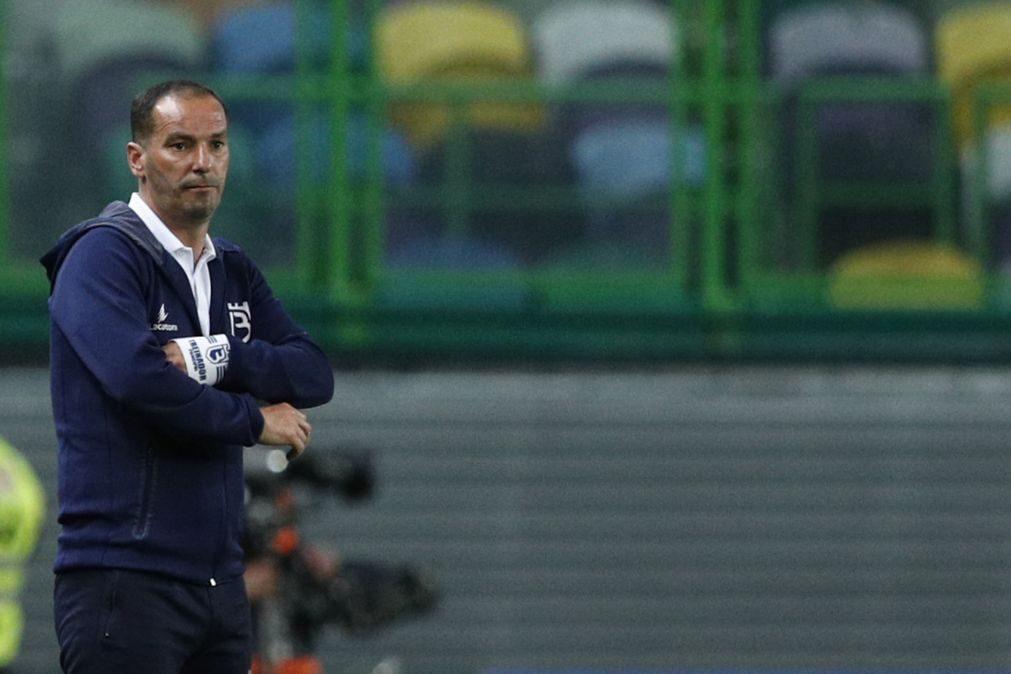 Belenenses SAD anuncia renovação do contrato com o treinador Petit