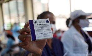 Covid-19: Unicef vai receber 220 milhões de doses da vacina russa Sputnik V