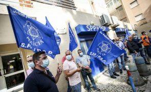 Polícias em protesto em Lisboa por pré-aposentação e suplemento de risco