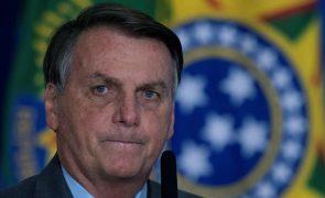 Covid-19: Bolsonaro recorre novamente ao Supremo para travar restrições em três estados