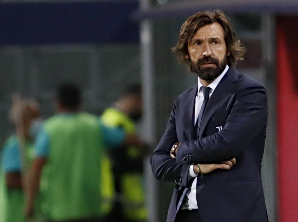 Andrea Pirlo deixa de ser treinador da Juventus após a época de estreia