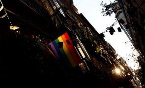 Parlamento recomenda mais estruturas de apoio para pessoas LGBTQI+