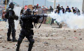 Pelo menos 59 mortos num mês de protestos na Colômbia -- ONG