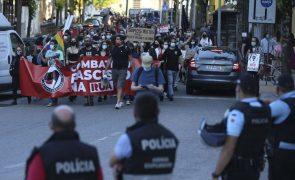 Centenas em Coimbra gritaram que chegou a hora de