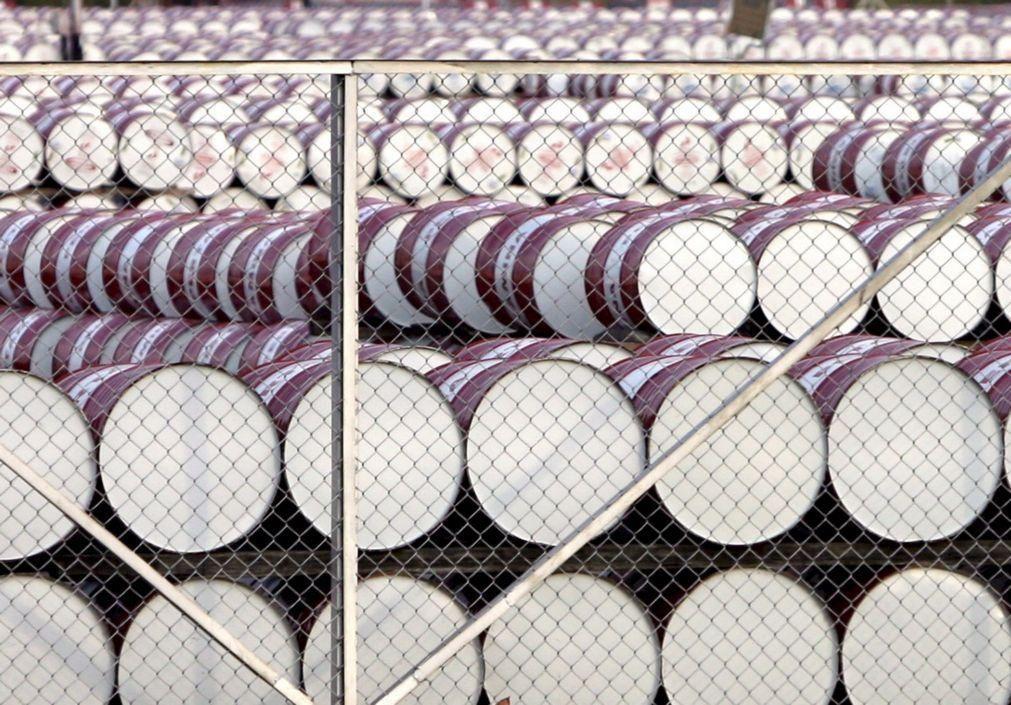 Exportações de petróleo de Angola em junho ao nível mais baixo desde 2008