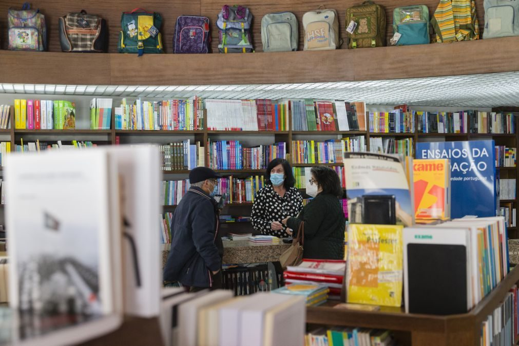 Livros e jornais comprados em livrarias entram no programa IVAucher