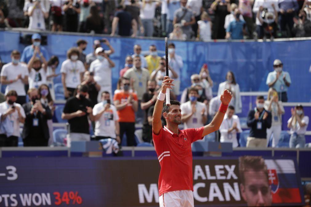 Novak Djokovic vence Open de Belgrado na antecâmara de Roland Garros