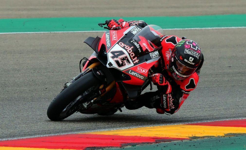 Piloto britânico Scott Redding vence primeira corrida de Superbikes no Estoril