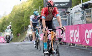 Giro: Damiano Caruso vence 20.ª etapa, Egan Bernal líder para o último dia