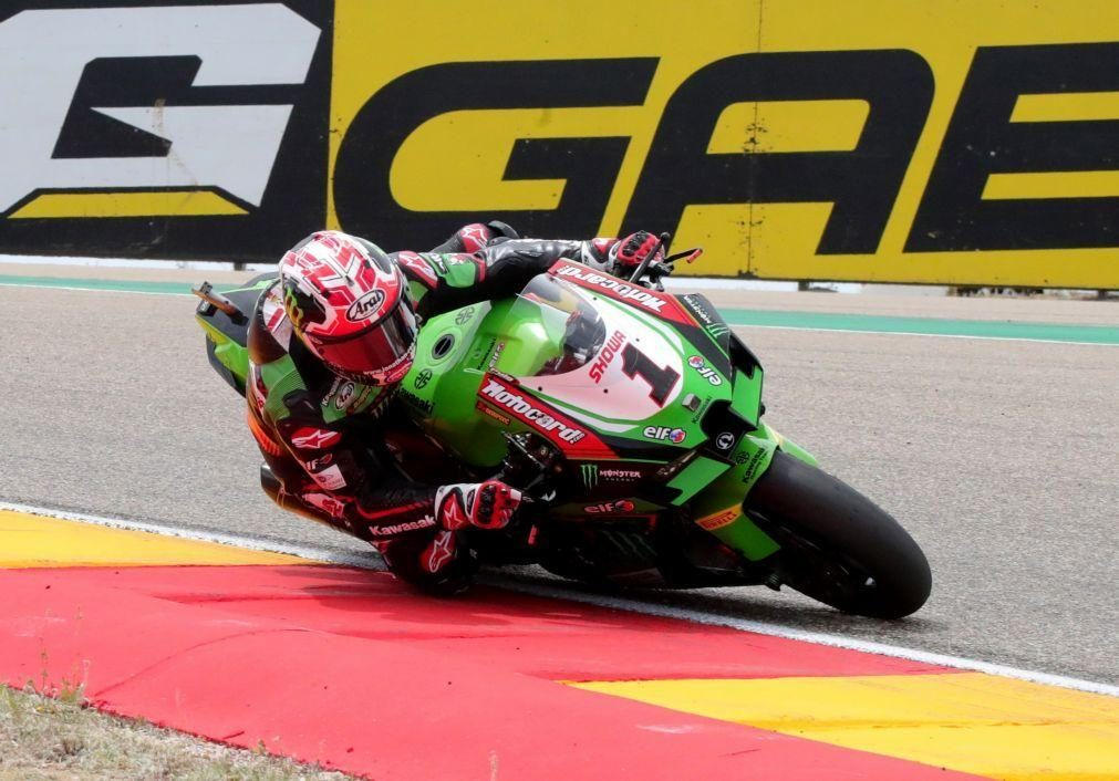 Jonathan Rea vence corrida de 'superpole' nas Superbikes e reforça liderança