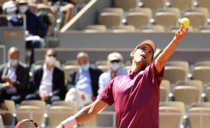 Roland Garros: Dominic Thiem eliminado na estreia por Pablo Andujar
