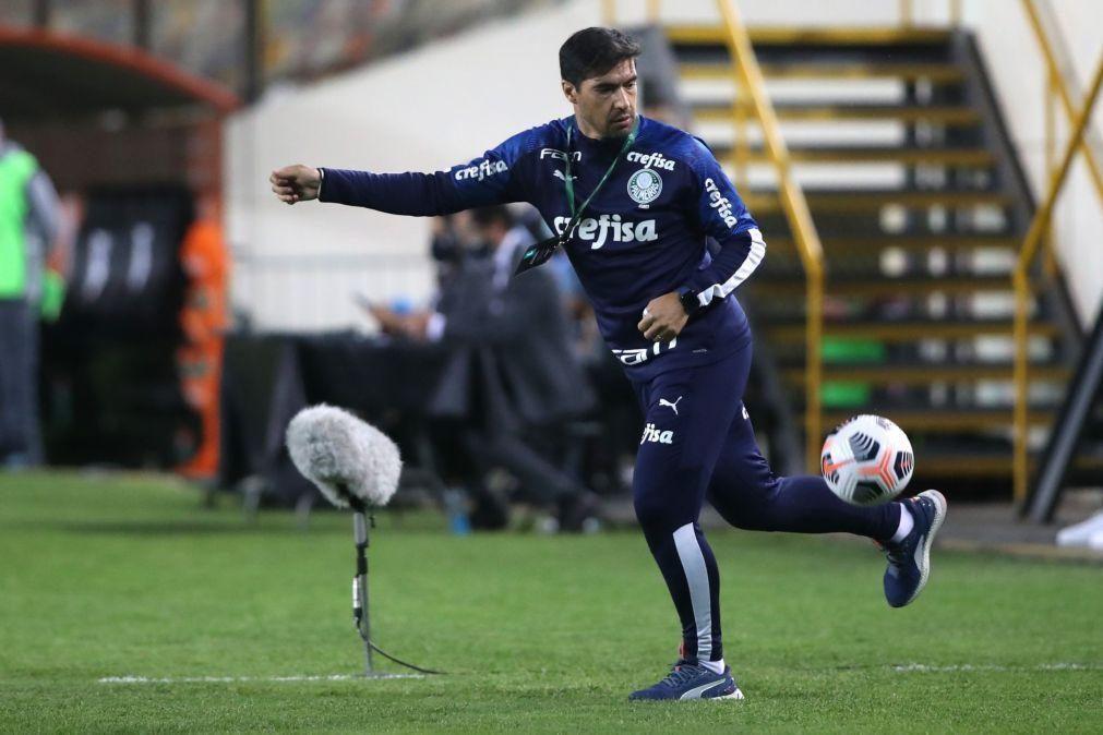 Palmeiras de Abel Ferreira estreia-se com derrota no 'Brasileirão'