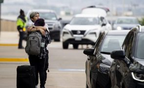 Covid-19: EUA com 128 mortos e 7.023 casos nas últimas 24 horas