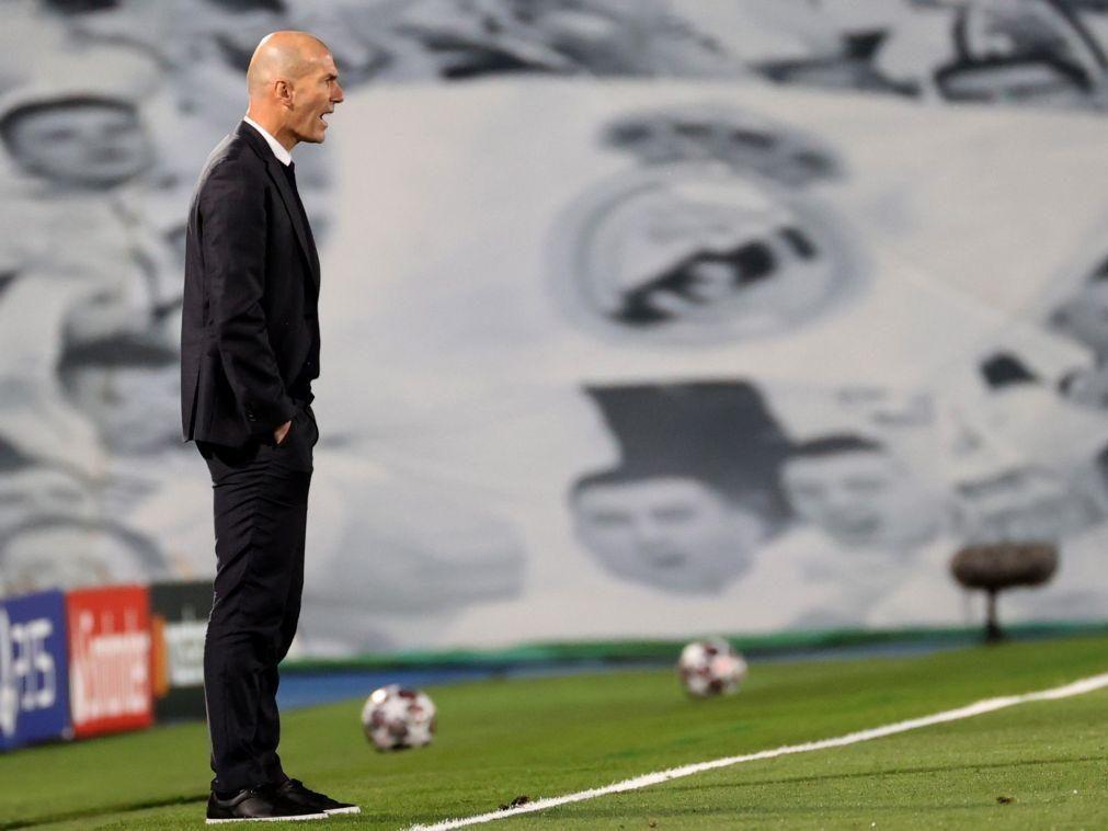 Zidane assume ter saído por sentir falta de confiança da direção do Real Madrid