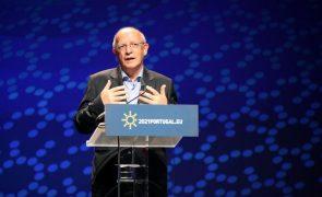 UE/Presidência: Canais diplomáticos com Rússia devem manter-se abertos - Santos Silva