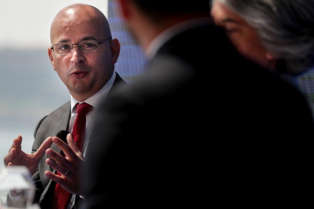 Ministro das Finanças reitera que economia pode crescer mais do que previsto em 2021