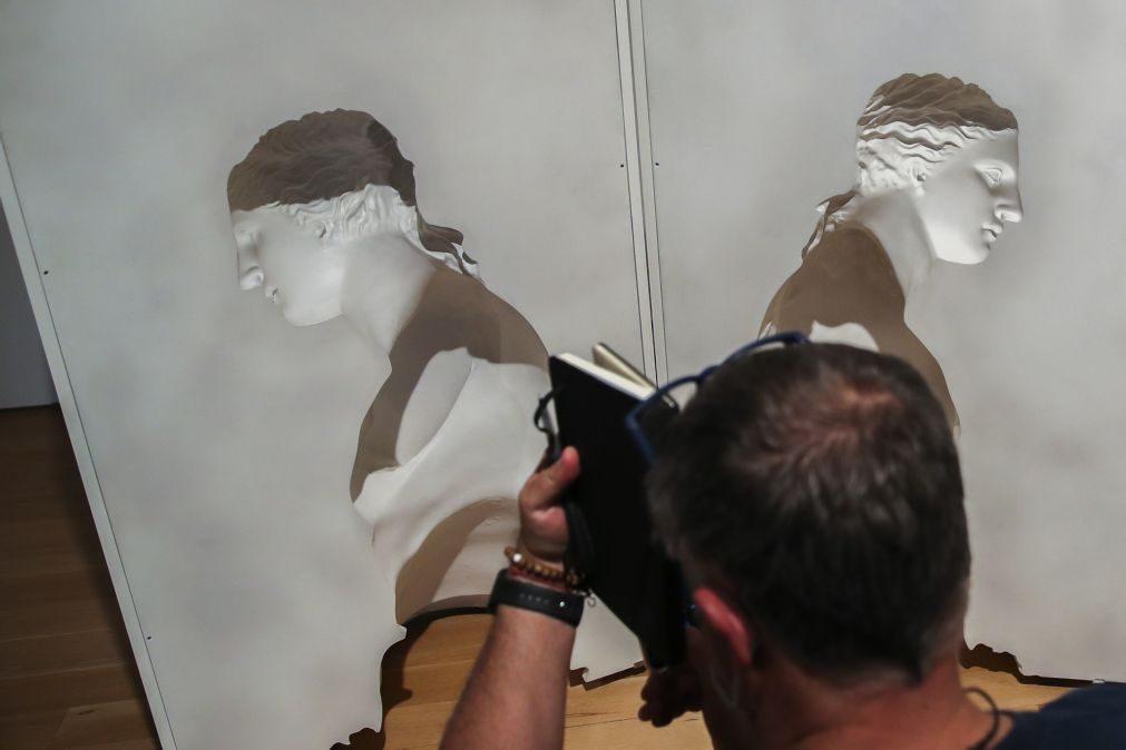 Exposição com 200 obras de 40 artistas portuguesas contraria ausência na História da arte