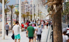 Covid-19: Espanha regista 9.732 novos casos e 48 mortes desde sexta-feira