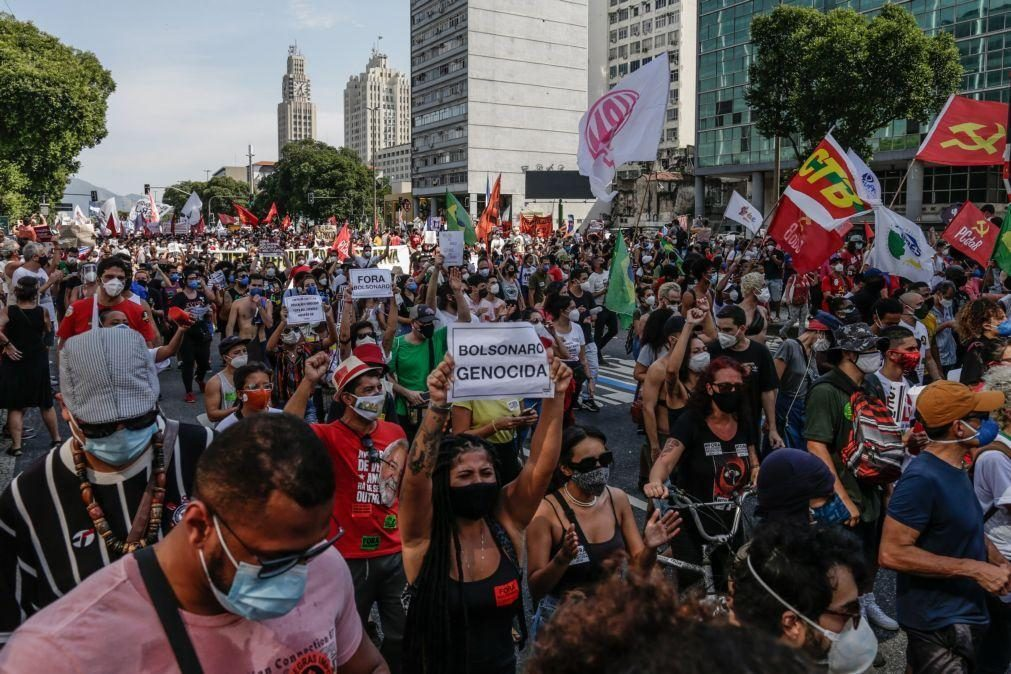 Protestos de movimentos