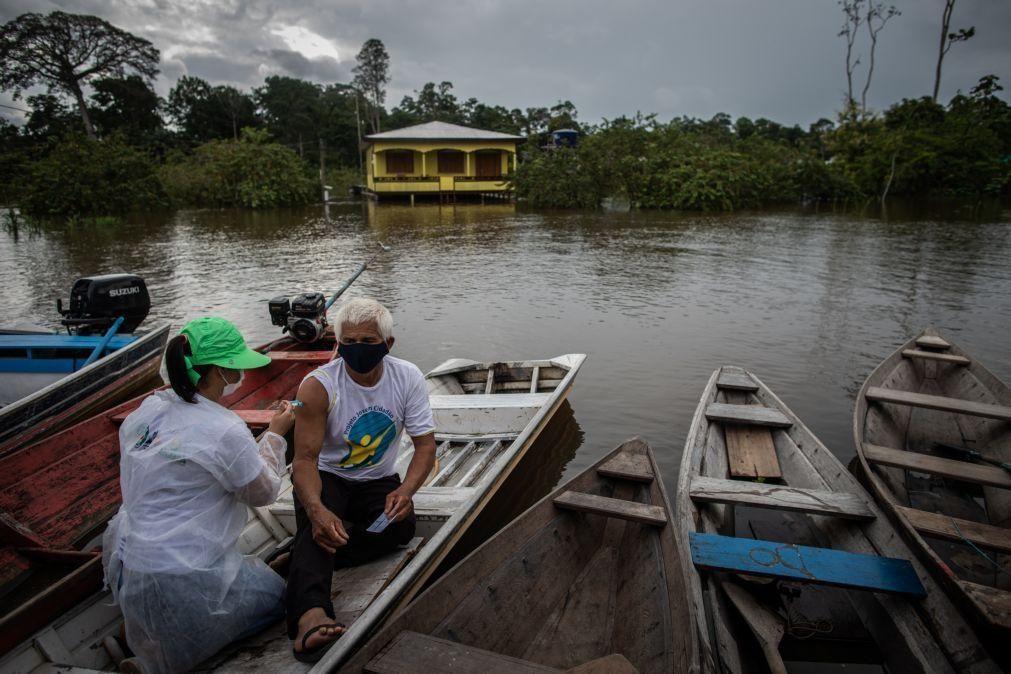 Covid-19: Brasil volta a aproximar-se de 2.500 mortos em 24 horas