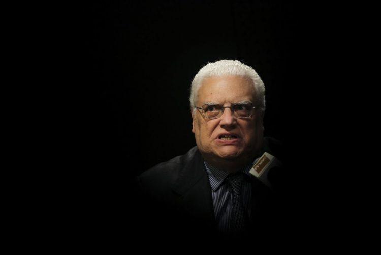 Óbito/Soares: Freitas do Amaral lamenta morte do