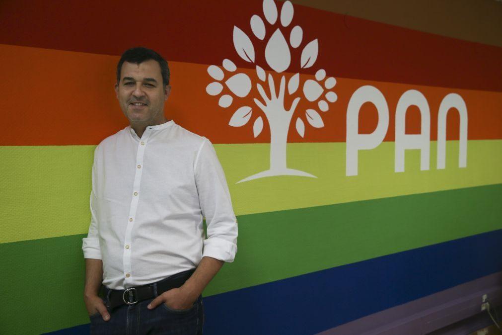 André Silva deixa liderança do PAN e em