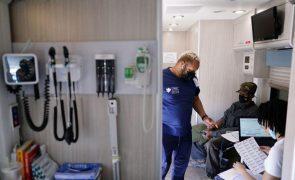 Covid-19: EUA com 597 mortos e 19.402 casos nas últimas 24 horas