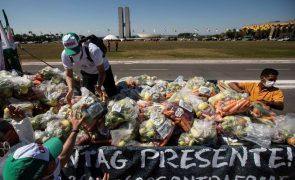 Covid-19: Brasil regista 1.682 novas mortes e atinge quase 470 mil óbitos