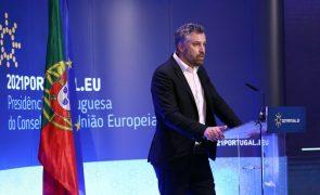 UE/Presidência: Ministros das Telecomunicações dos 27 debatem bússola digital