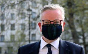 Liga dos Campeões. Ministro britânico em contacto com infetado durante viagem ao Porto