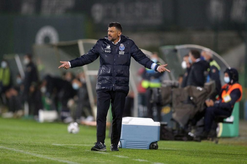 Sérgio Conceição suspenso por 30 dias após expulsão na final da Taça de 2019/20