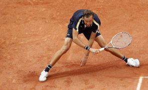 Roland Garros: Daniil Medvedev pela primeira vez nos oitavos de final