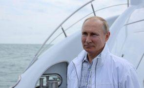 Putin admitiu querer melhorar as relações com os Estados Unidos