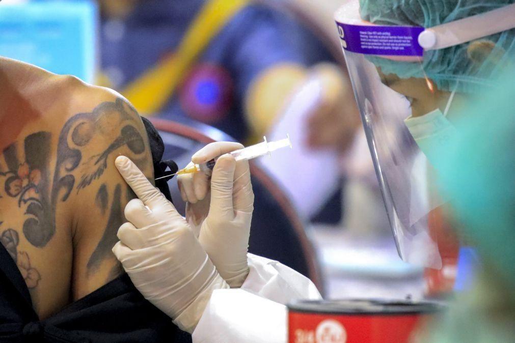 Covid-19: 100 mil vacinas Sinovac oferecidas pela China chegaram a Díli
