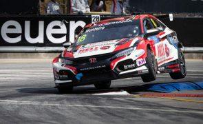 Tiago Monteiro vence primeira corrida da temporada do WTCR